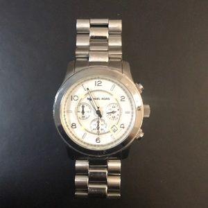 Micheal Kors Runway Chronograph Silver